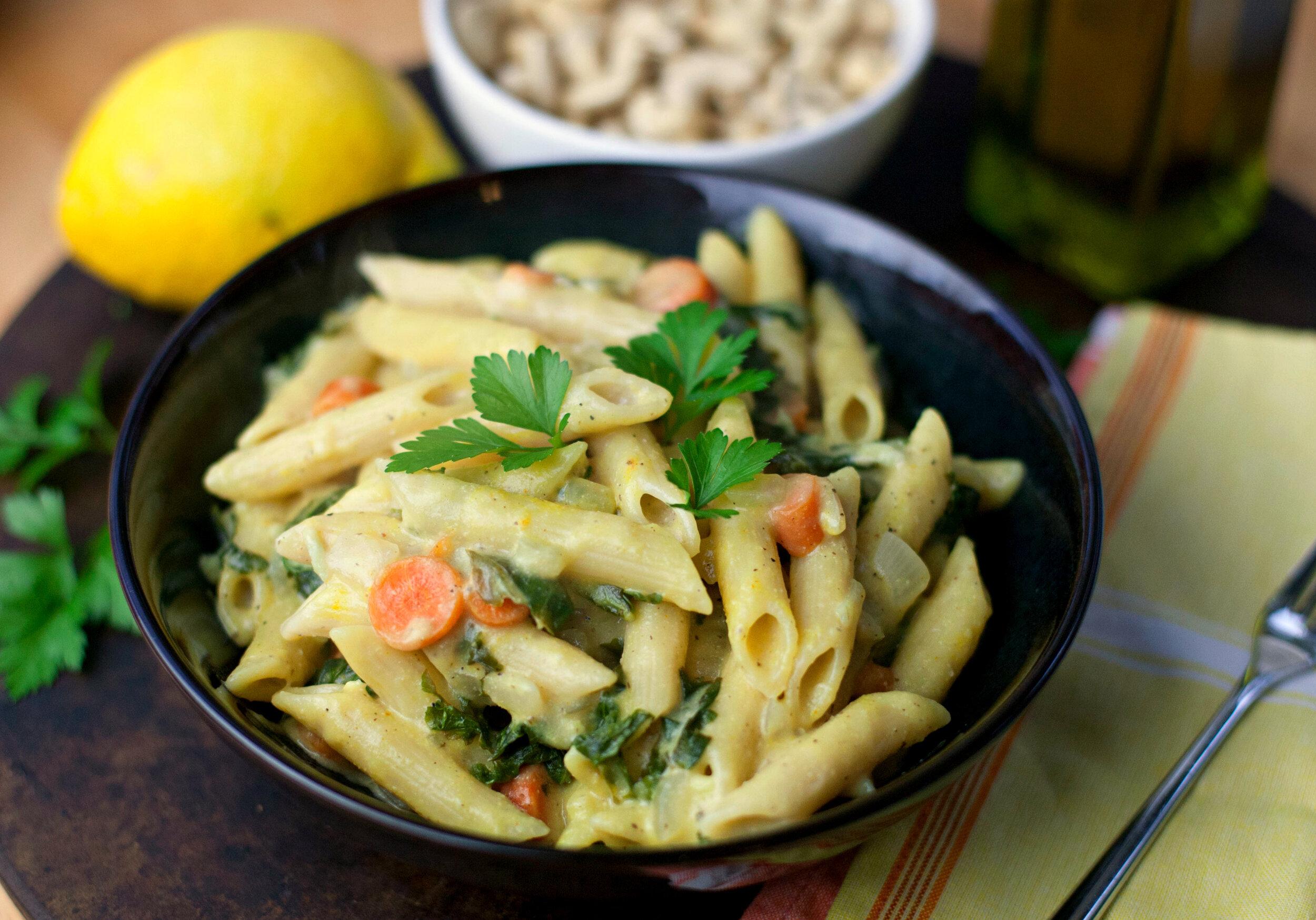 Creamy Lemon Cashew Pasta with Kale