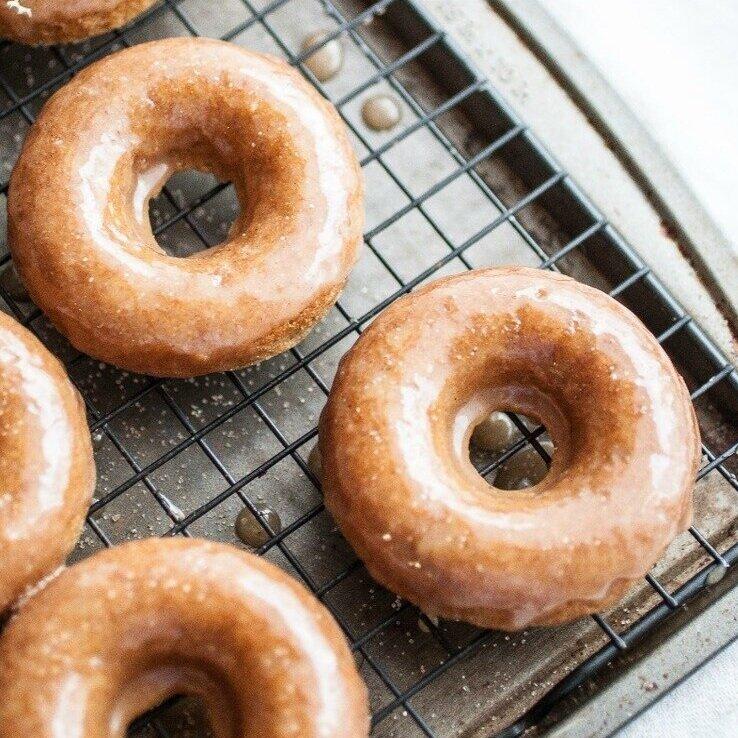 Chai Spiced Baked Doughnuts