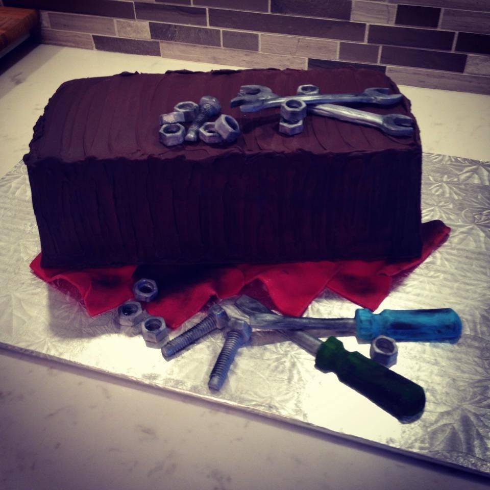 mechanic cake.jpg