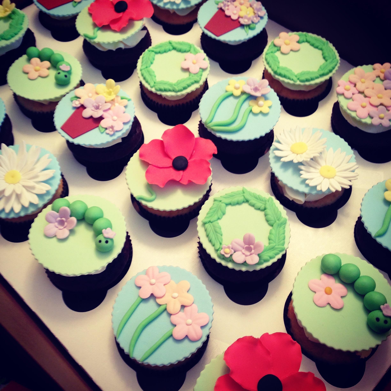 garden cupcakes.JPG