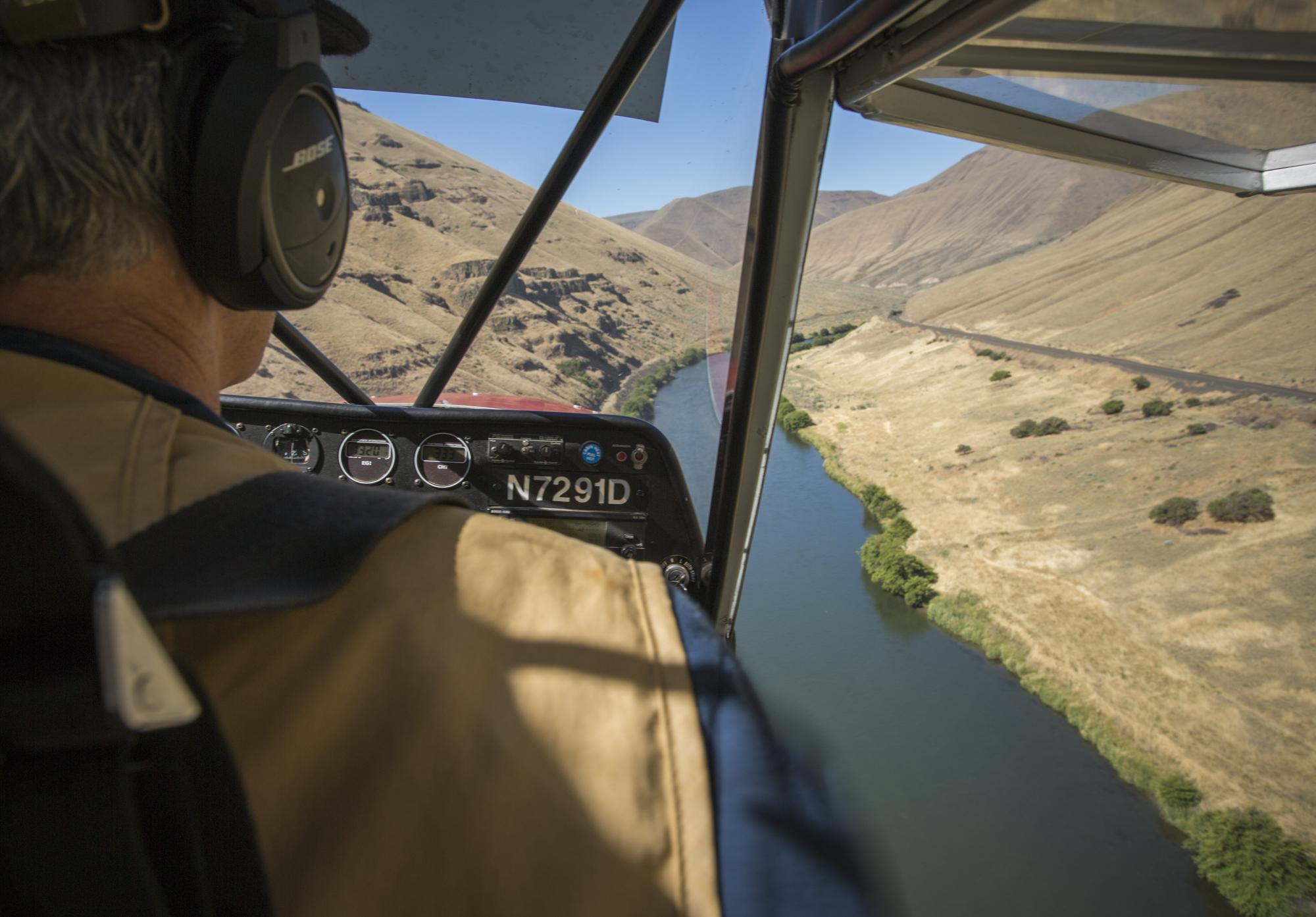 Approaching Deschutes River landing strip.