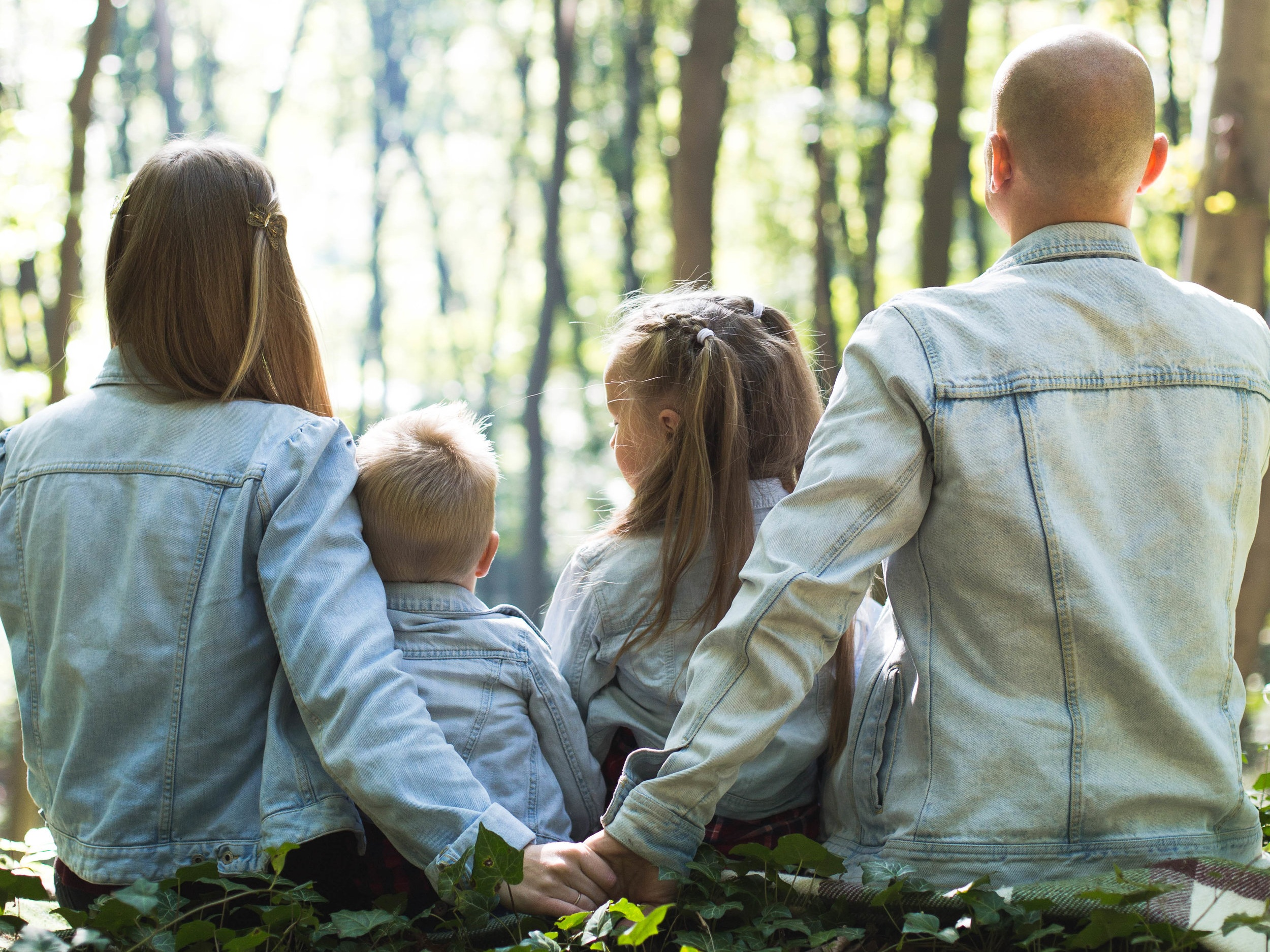Glorify Magazine Parenting_Book_Review_The_Shaping-of-a-Christian-Family-Elisabeth-Elliot
