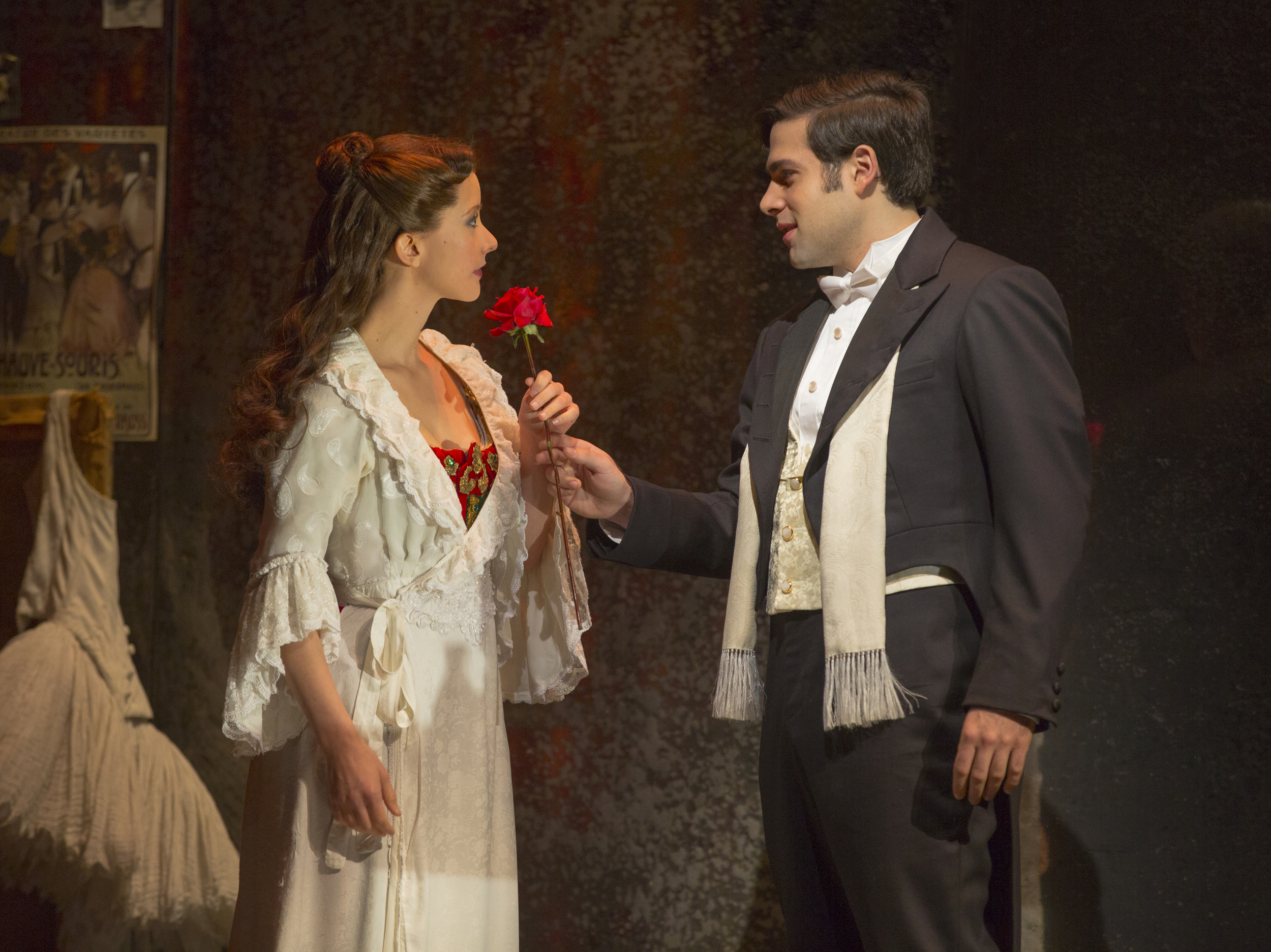 Katie Travis as Christine Daaé and Storm Lineberger as Raoul. PHOTO BY: MATTHEW MURPHY