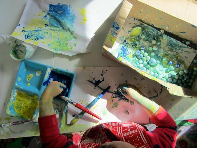 marble-painting-activity-shake-painting-open-ended-art-for-preschoolers-art-for-boys-6.jpg