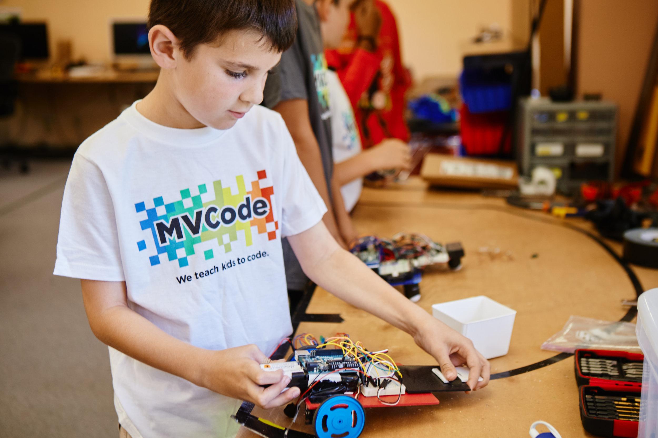 Robotics - Build & Code your own Arduino Robot