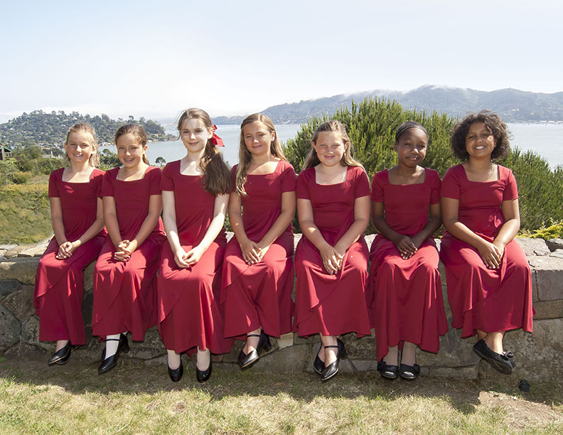 STARLIGHTS (Girls: Ages 9 & Up) - Starlights is the entry level chorus for girls 8-9 and older. This is the required next level chorus, and offers vocal training, music fundamentals, and performance opportunities to young singers who are new to choral singing.