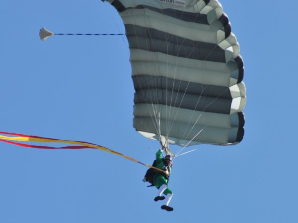 flying_leprechaun_2_600x450px.jpg