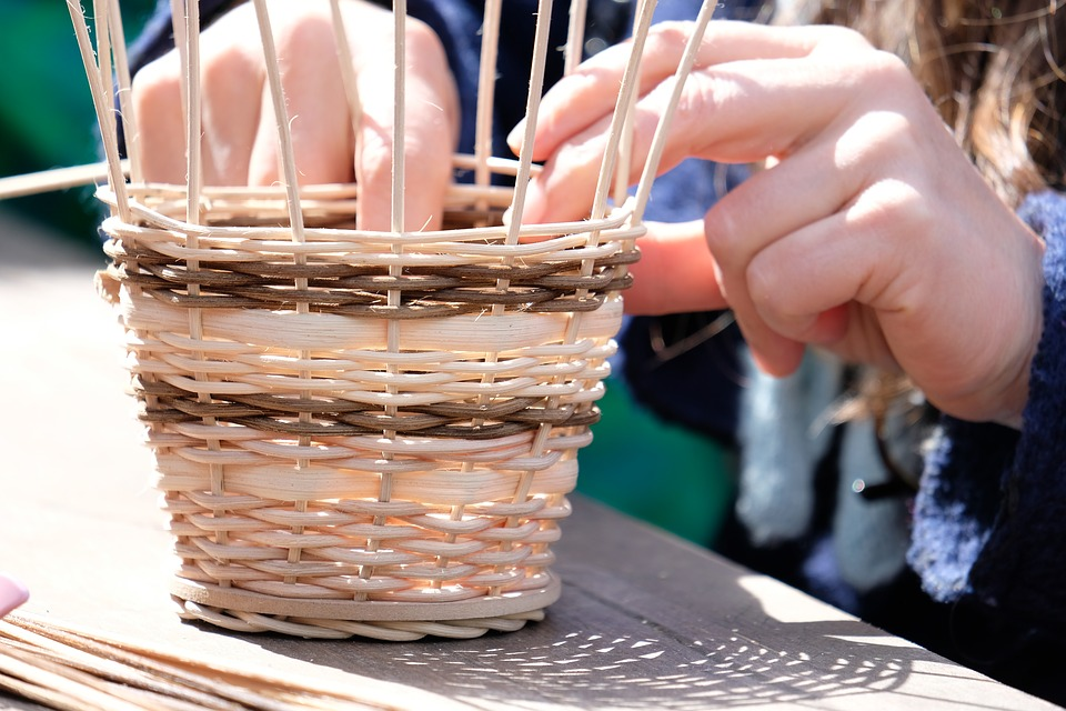 Demonstrations - The Native American Trade Feast will also have many Native related information booths and demonstrations of Native crafts like basketry, regalia making and shell bead drilling.