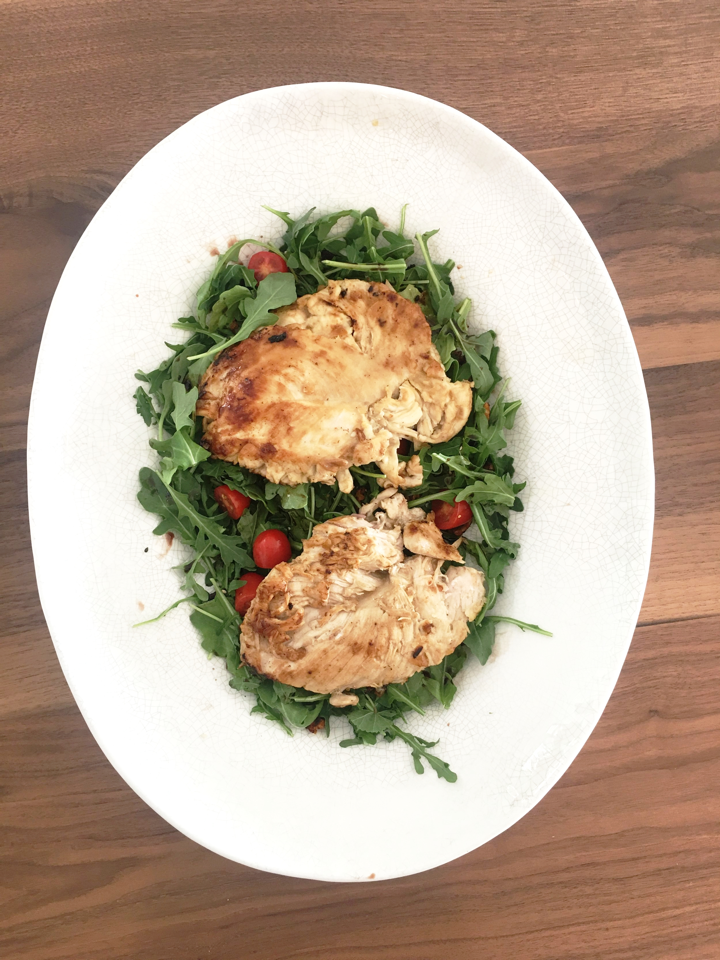Here is an easy and light chicken dish,  perfect for an al fresco dinner this summer!