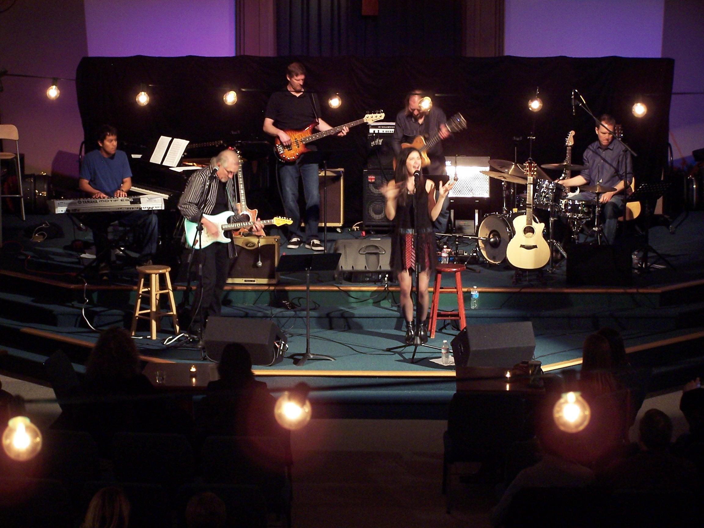 Sara Niemietz-benefit concert.JPG