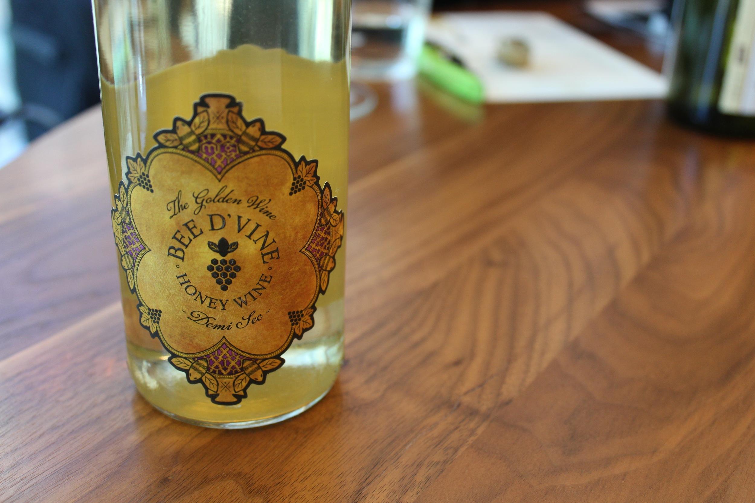 bee wine honey wine mead
