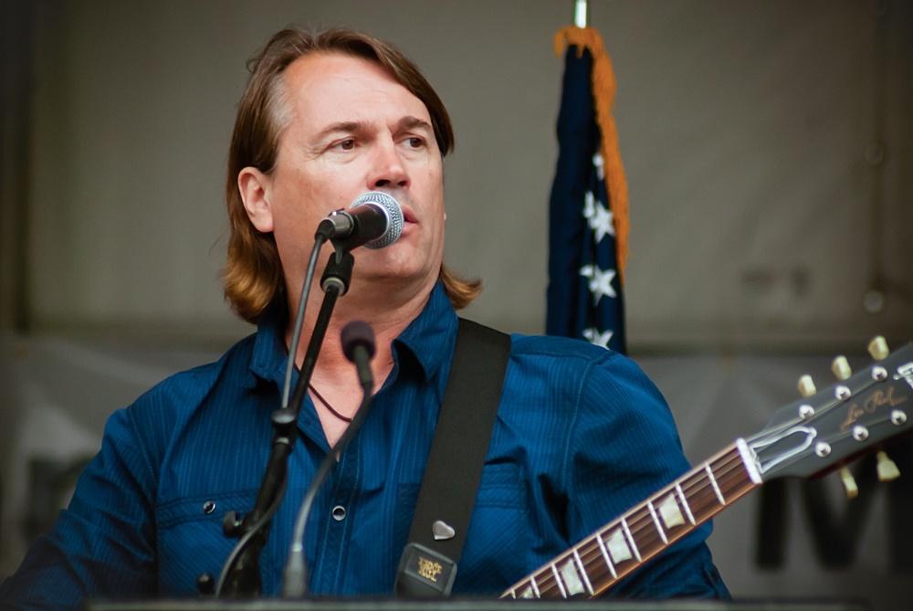 COUNTRY MUSIC ARTIST ROCKIE LYNN