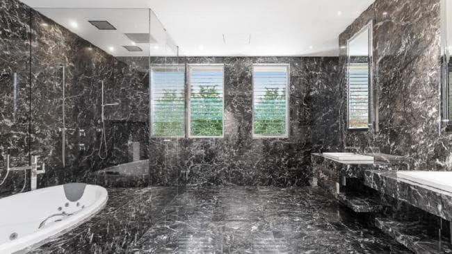 Avon Court Hawthorn, Main Bathroom, By Easton.