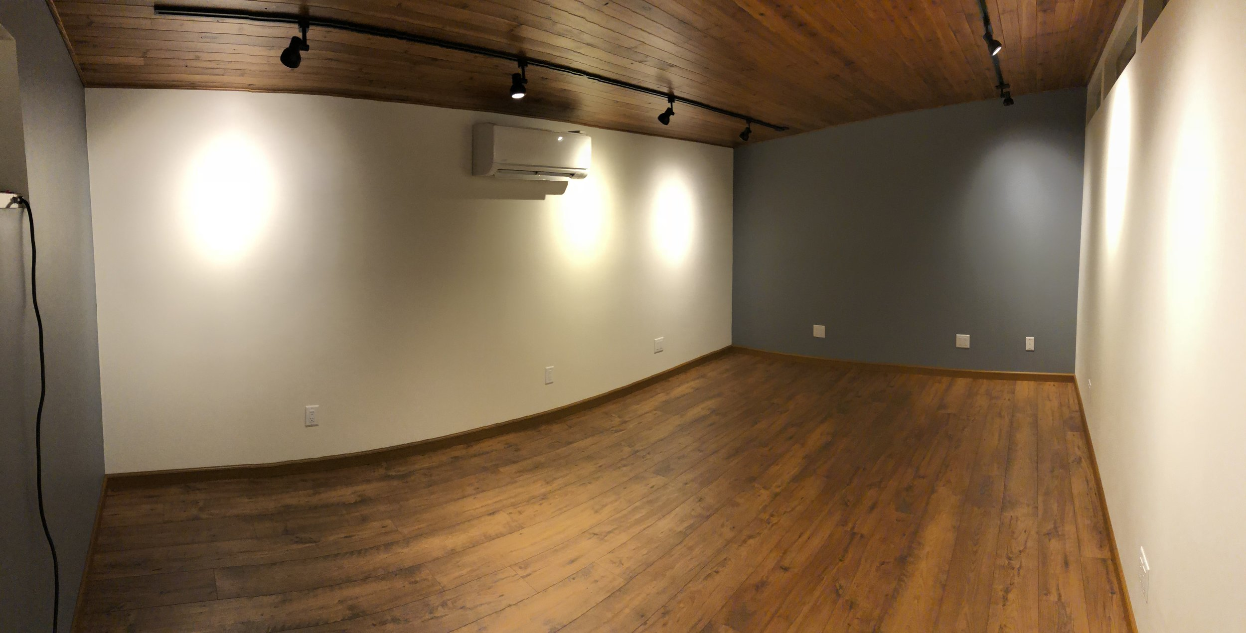 Floor and baseboards complete!