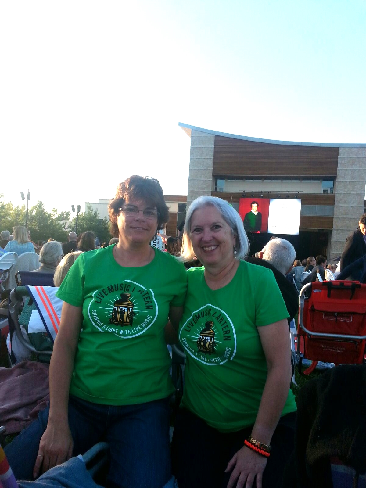 A couple Live Music Lantern recipients enjoying themselves at the Tony Bennett concert at the Green Music Center.