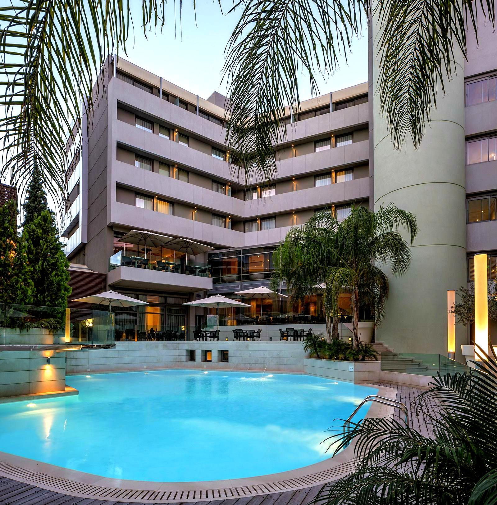 Galaxy hotel pool in Heraklion.jpg