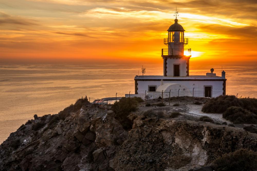 Lighthouse in Akrotiri Santorini 1000 (1).jpg