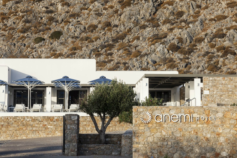 Anemi Hotel Folegandros.jpg