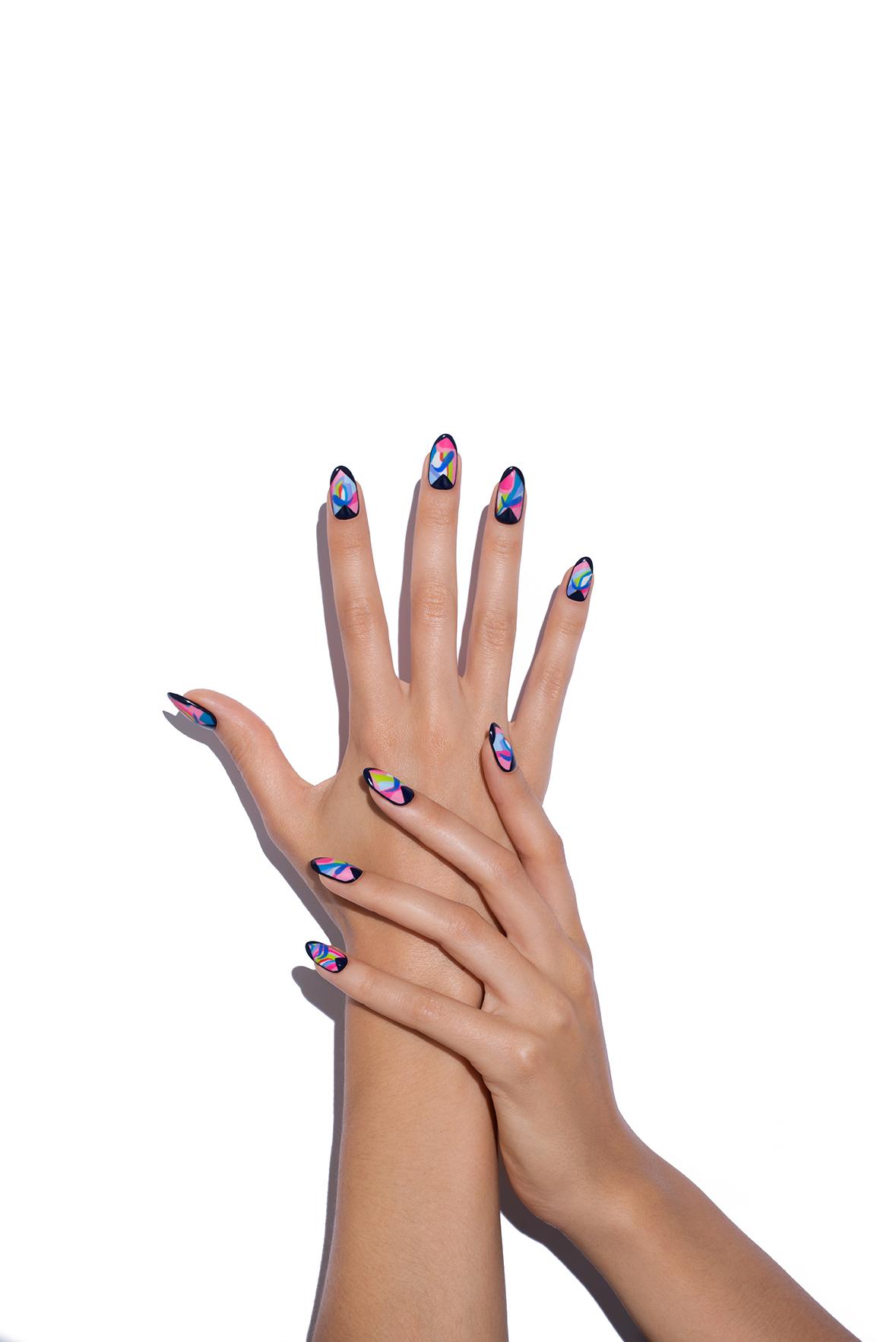 Hand-Model-Image-1_170526_Revlon_Creative_Play_Hands_01_146_v06.jpg