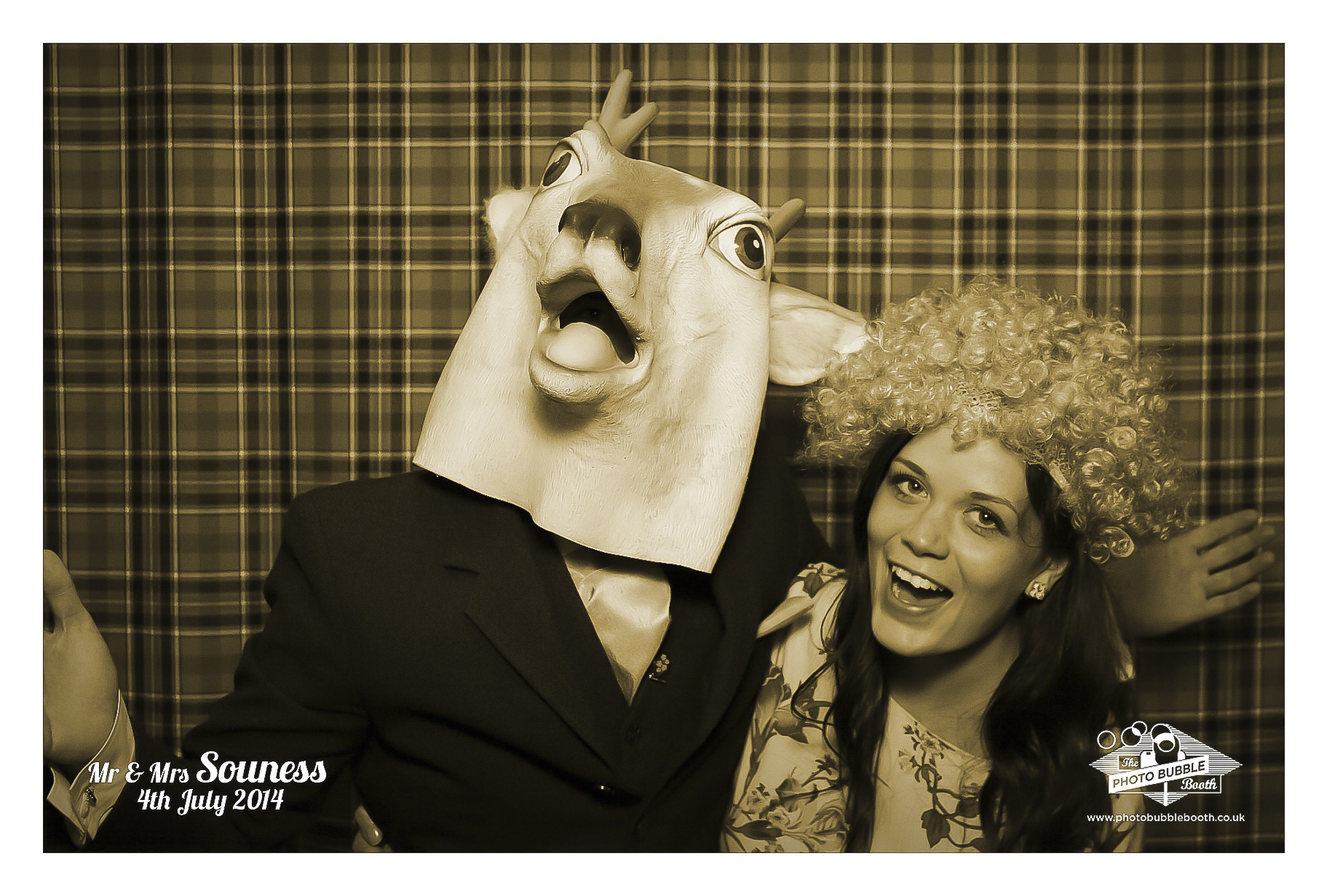 Neil & Trish Photobubble Booth_52.JPG