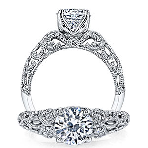 4. This vintage engagement ring is perfect for the woman who loves intricate detailing from every angle.