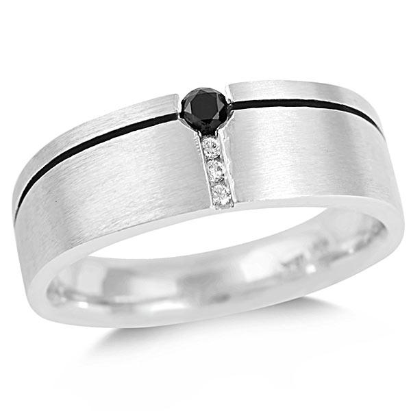 Vertical-row-black-and-white-diamond-ring.jpg