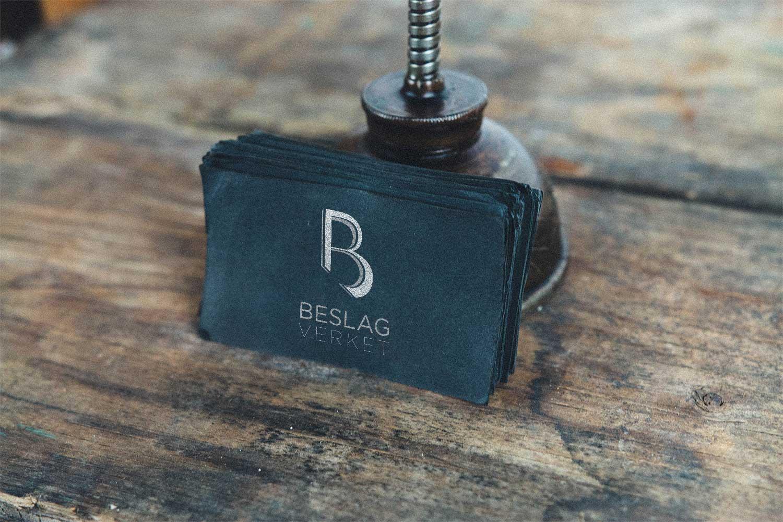 Beslagverket_black-card-freebie.jpg