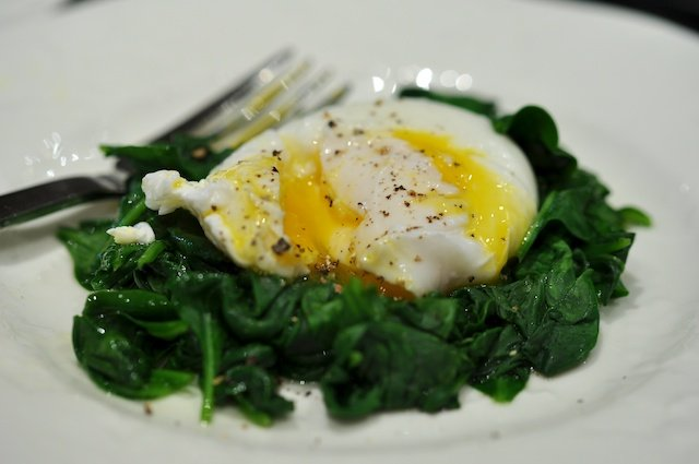 Paleo-Spinach-and-Poached-Eggs-image.jpg