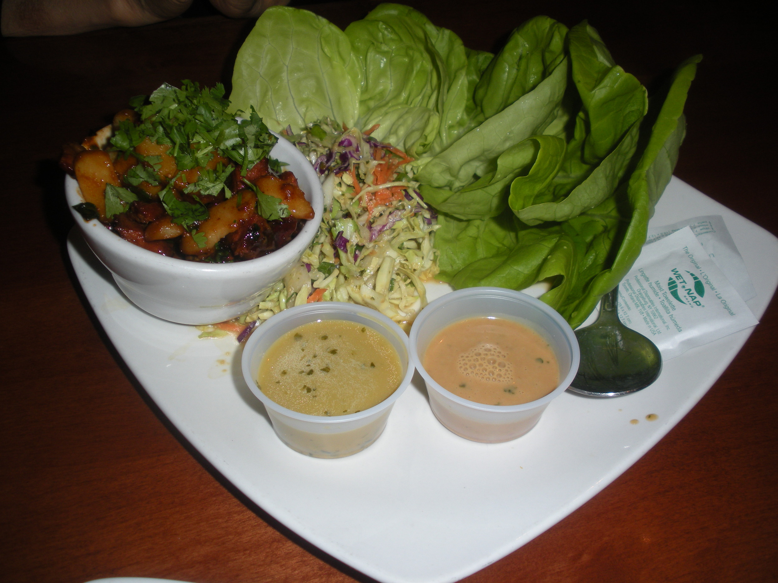 Shanghai_lettuce_wraps_from_Auburn_Alehouse.JPG
