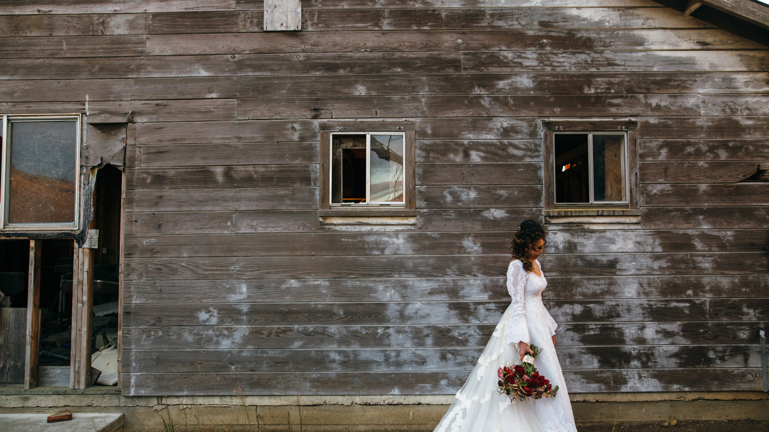 Brides + old buildings forever