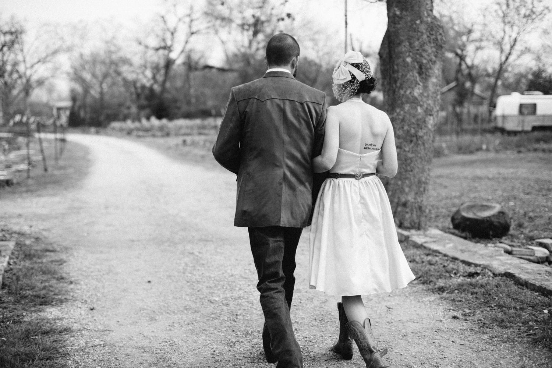 Christina_Will_Springdale_Farm_Wedding_00036.jpg