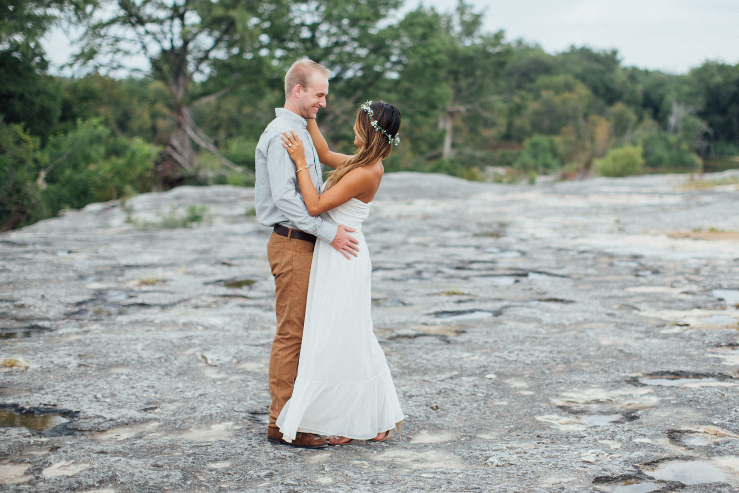 Hunter_Lene_McKinney_Falls_Engagement00008.jpg