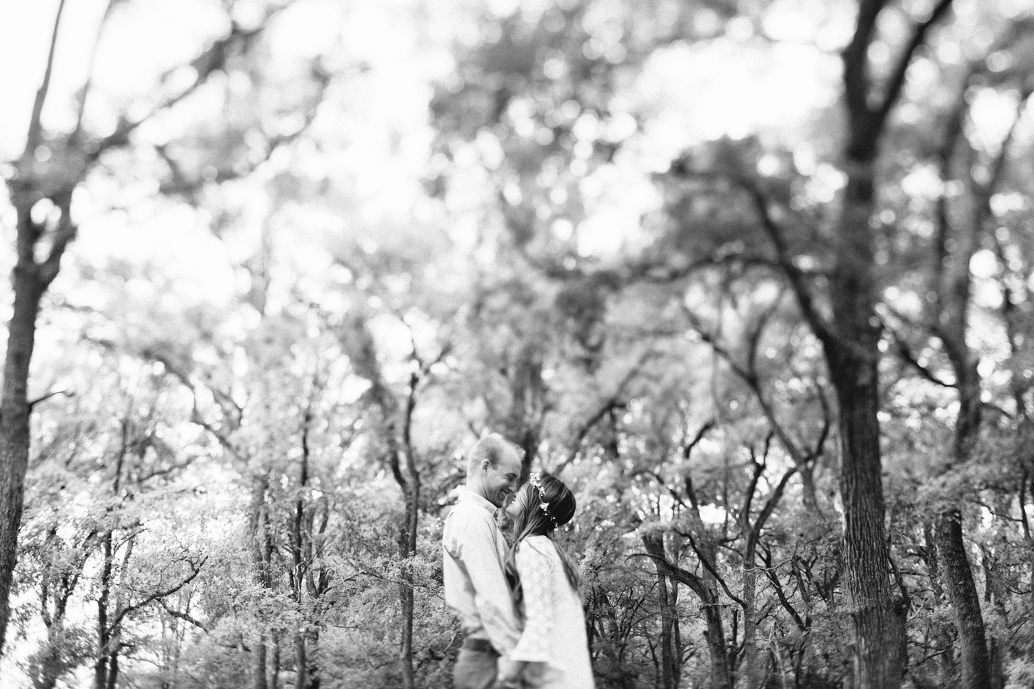 Hunter_Lene_McKinney_Falls_Engagement00009.jpg