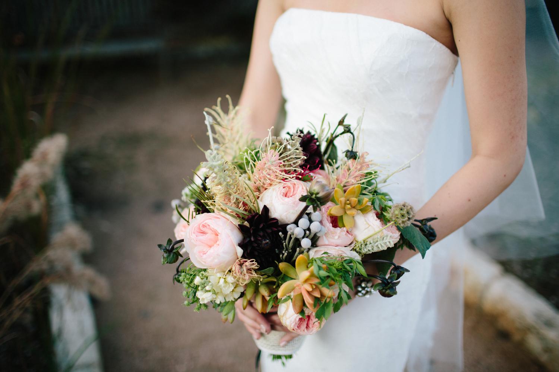 Kate_Jon_Wildflower_Center_Wedding00009.jpg