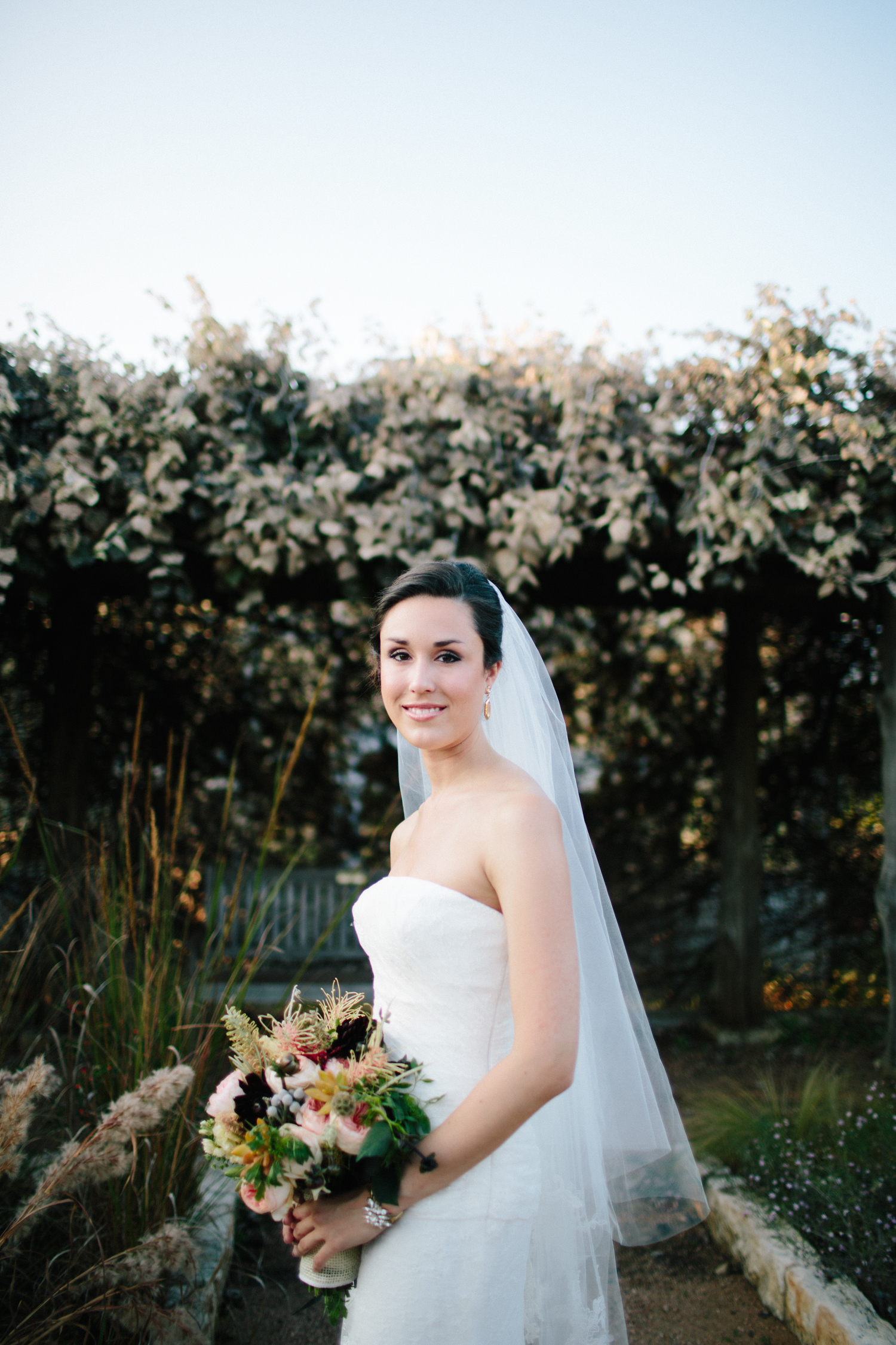 Kate_Jon_Wildflower_Center_Wedding00008.jpg