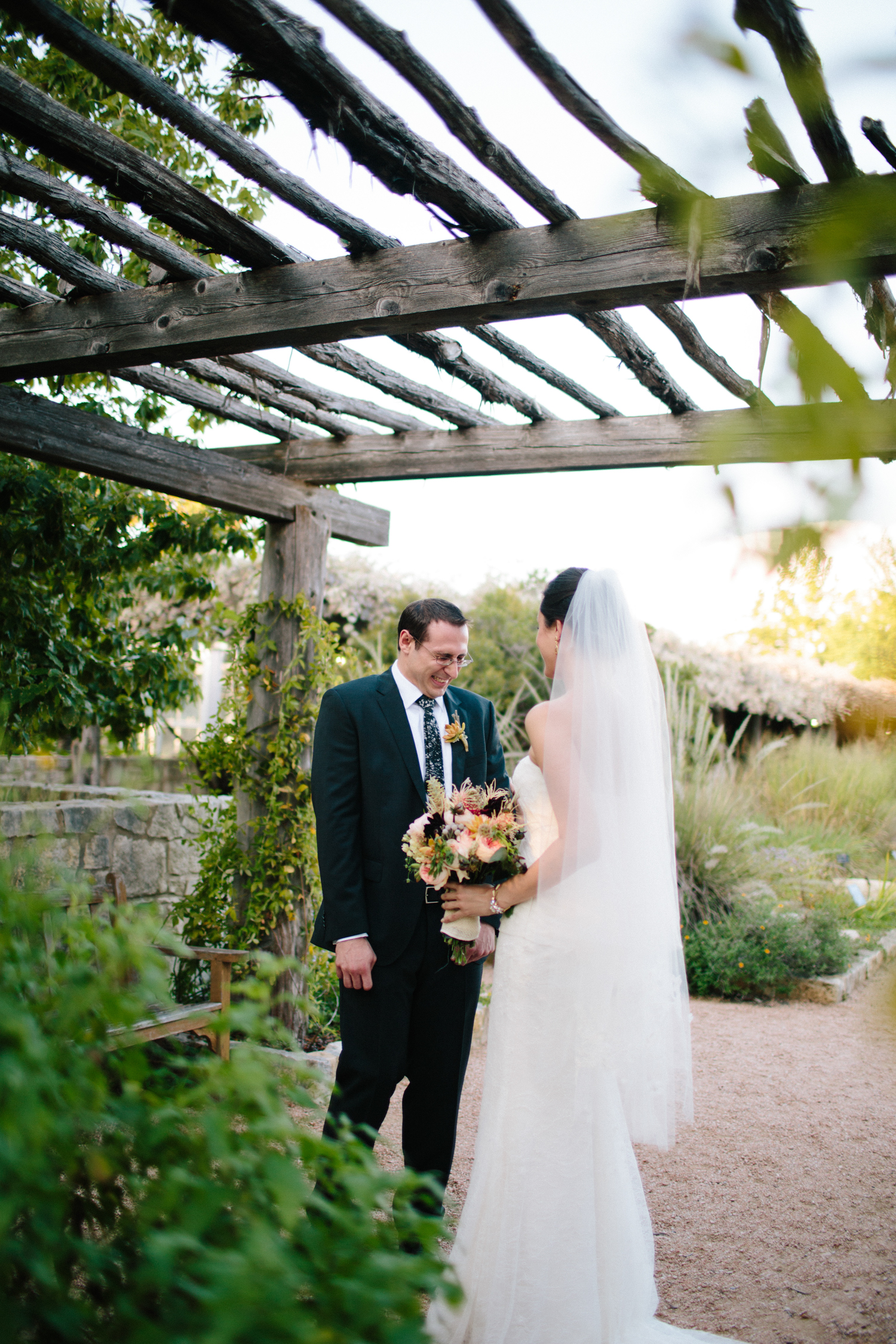 Kate_Jon_Wildflower_Center_Wedding00018.jpg