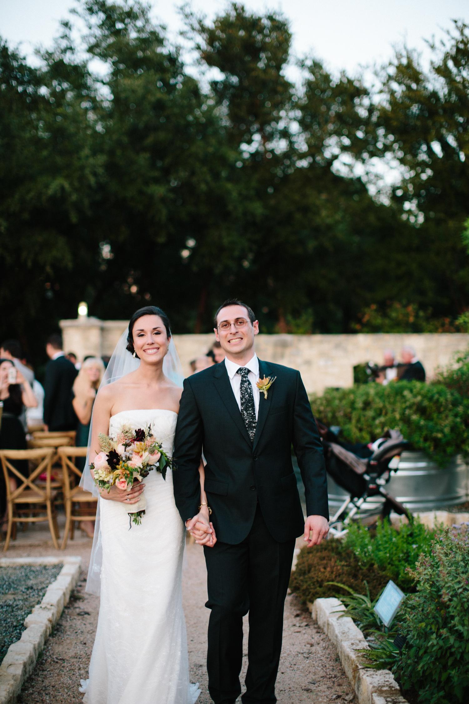 Kate_Jon_Wildflower_Center_Wedding00031.jpg