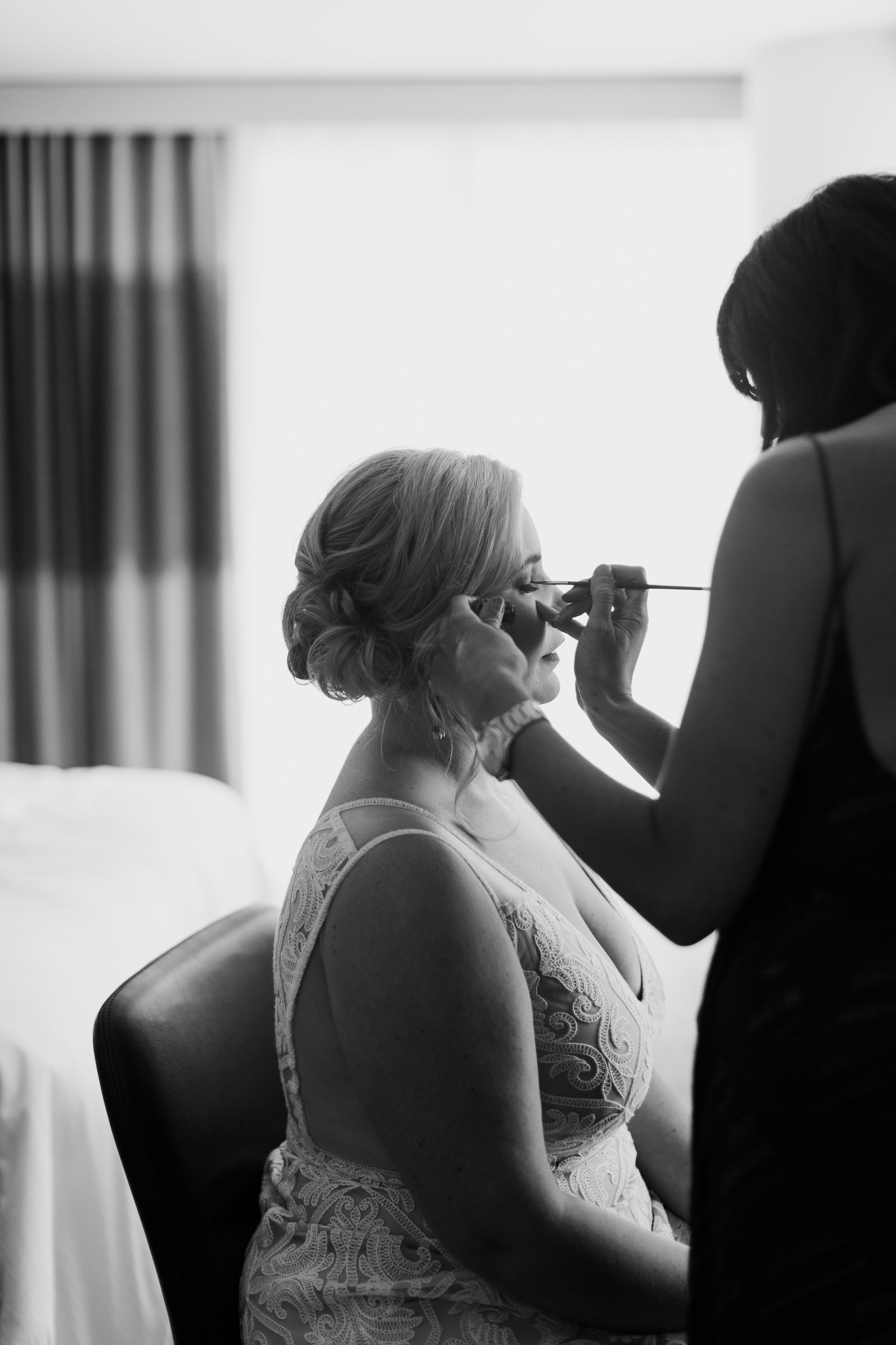 Paige-Newton-Intimate-Wedding-Photographer-Contigo-Wedding-Austin-Texas0006.jpg