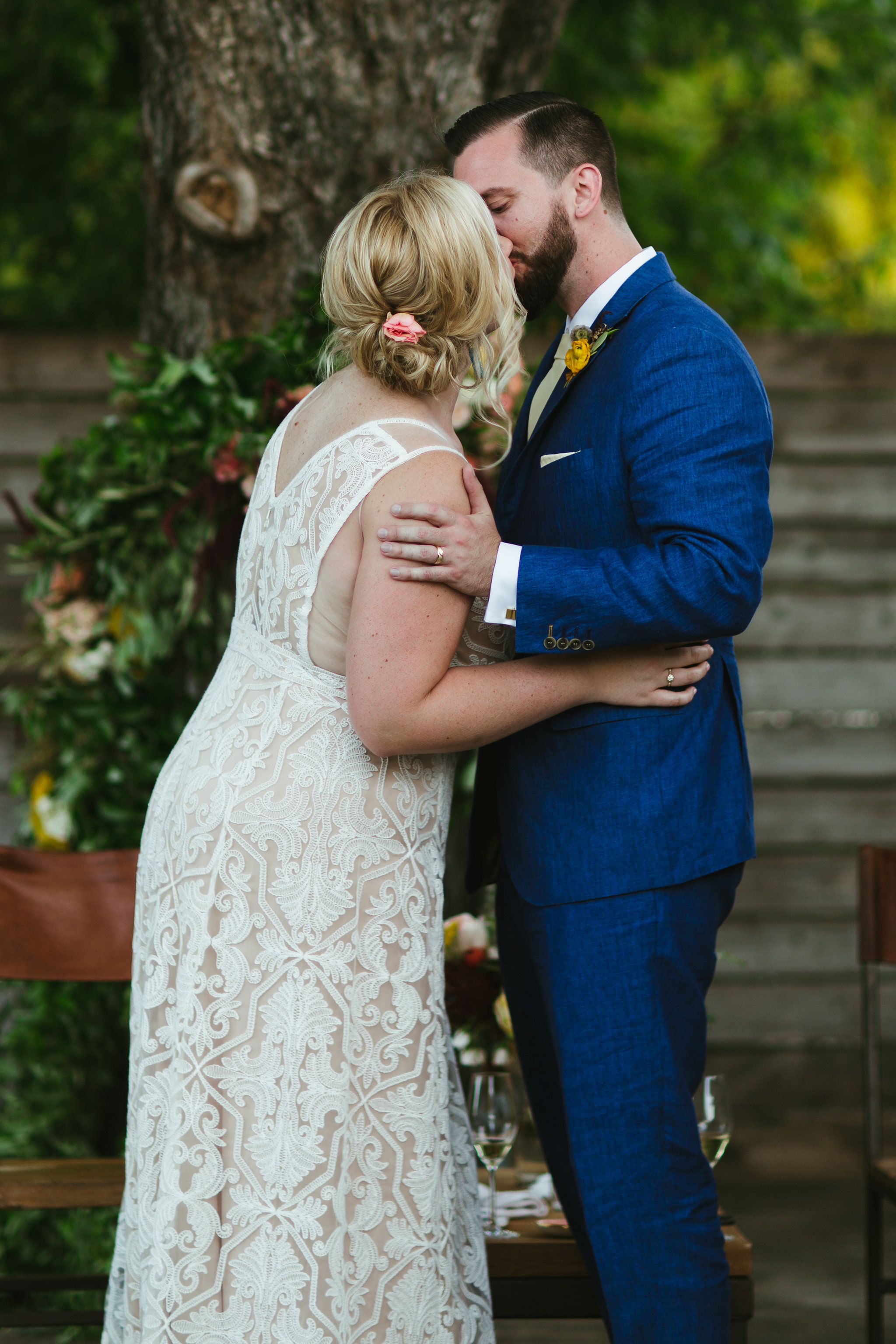 Paige-Newton-Intimate-Wedding-Photographer-Contigo-Wedding-Austin-Texas0080.jpg
