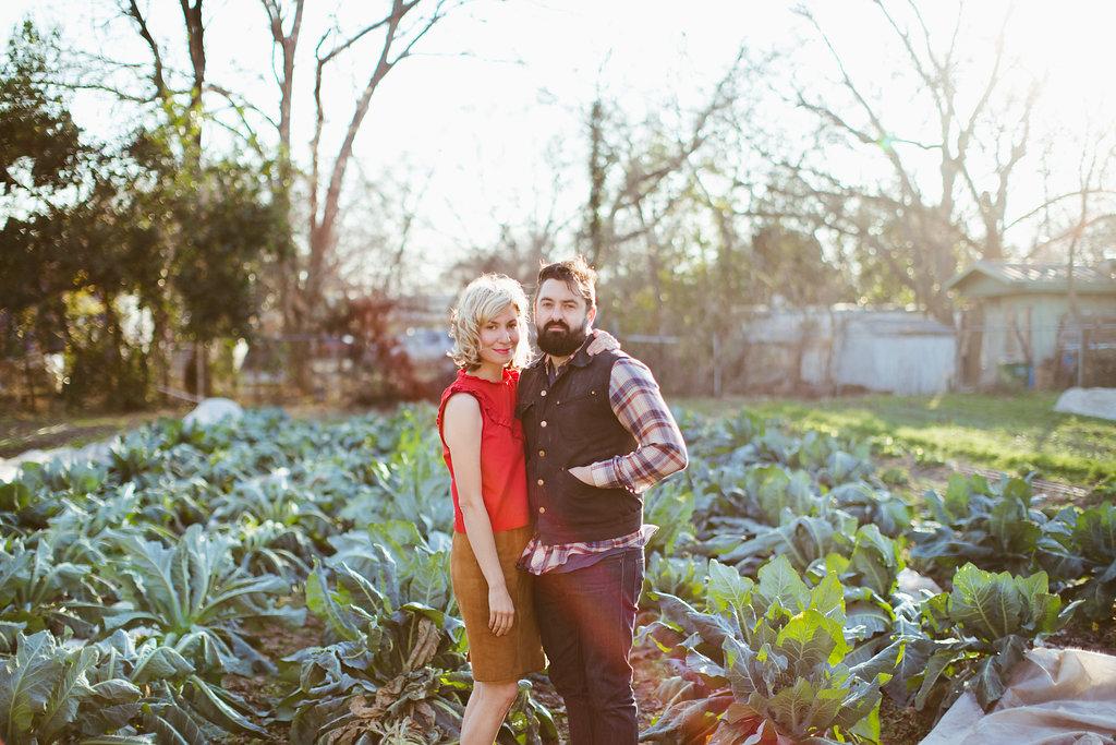 Paige-Newton-Photography-Engagement-Session-Austin-Springdale-Farm-Engagement0005.jpg