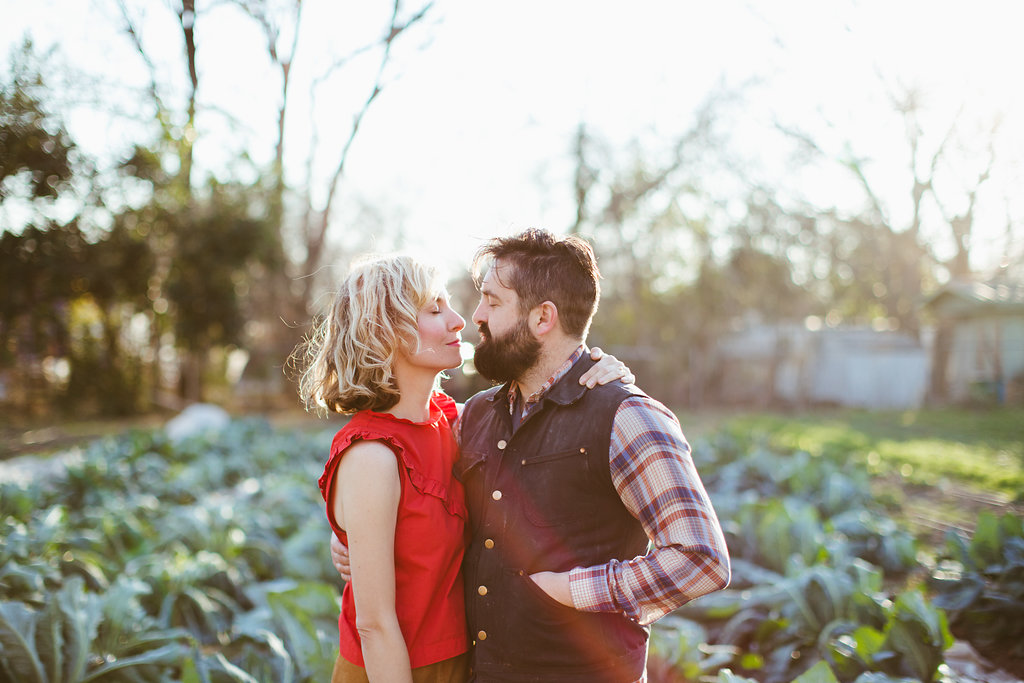 Paige-Newton-Photography-Engagement-Session-Austin-Springdale-Farm-Engagement0006.jpg