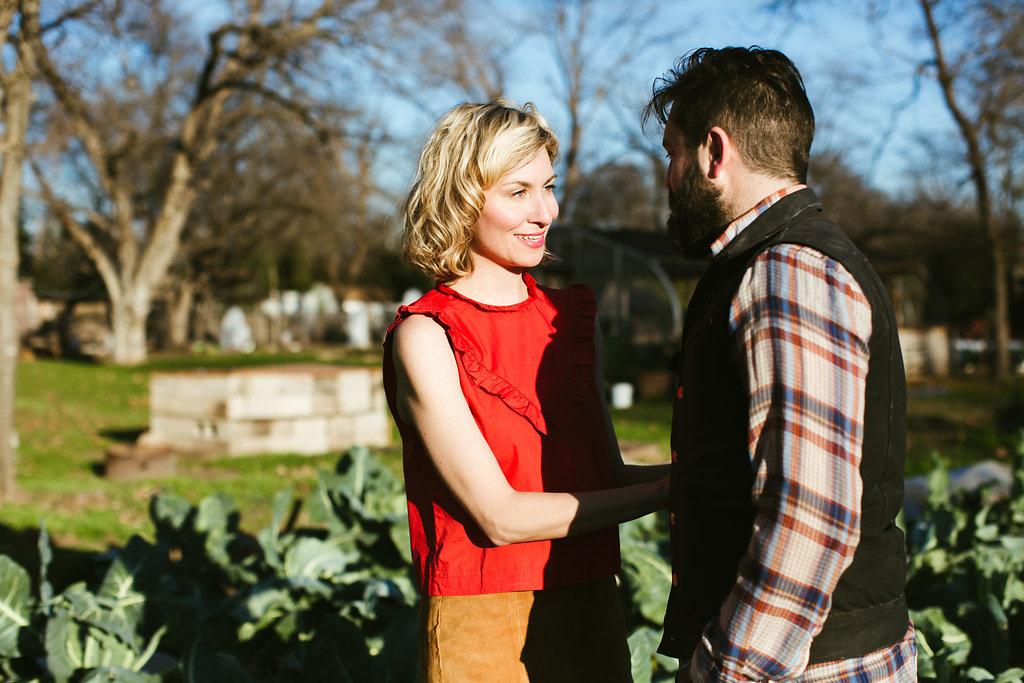 Paige-Newton-Photography-Engagement-Session-Austin-Springdale-Farm-Engagement0007.jpg