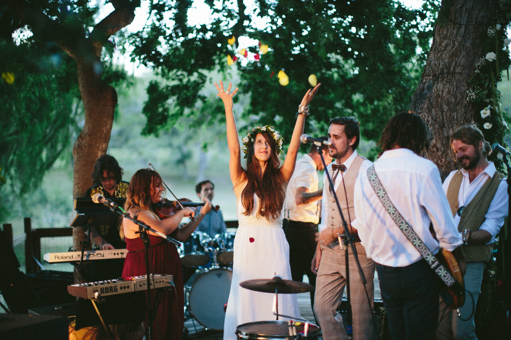 Paige-Newton-Wedding-Photography-New-Braunfels-Wedding-Band.jpg