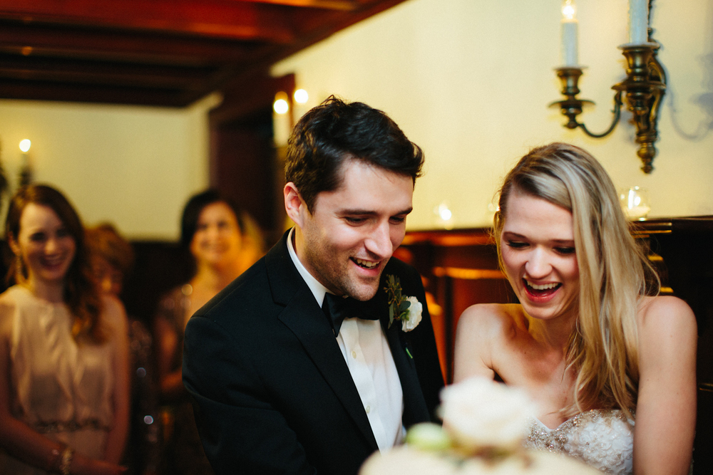 Paige-Newton-Wedding-Photography-Guenther-House-Wedding-Cake.jpg