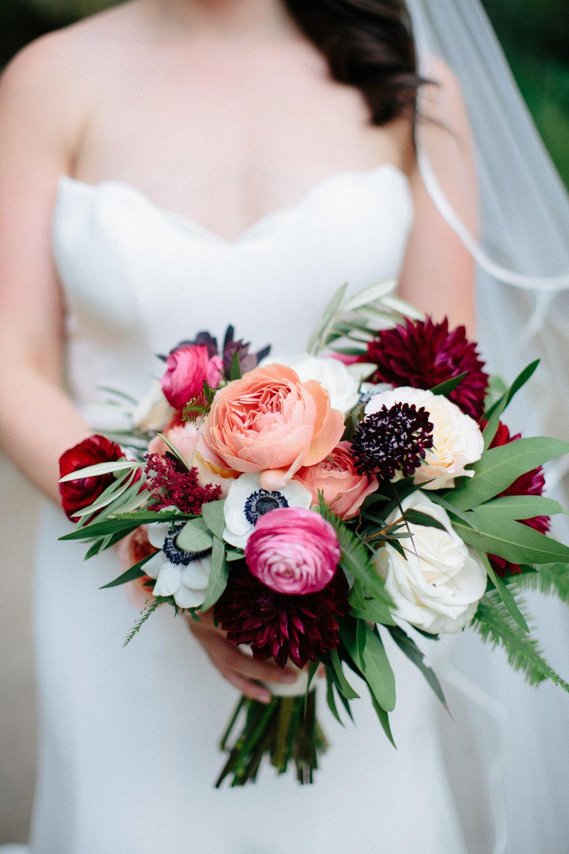 Paige-Newton-Photography-Wedding-Details-Vista-West-Ranch-FLorist.jpg
