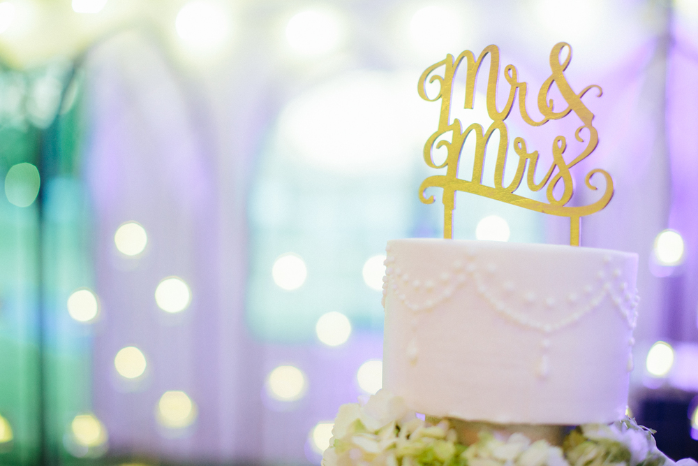Paige-Newton-Photography-Wedding-Details-Cake-Topper.jpg