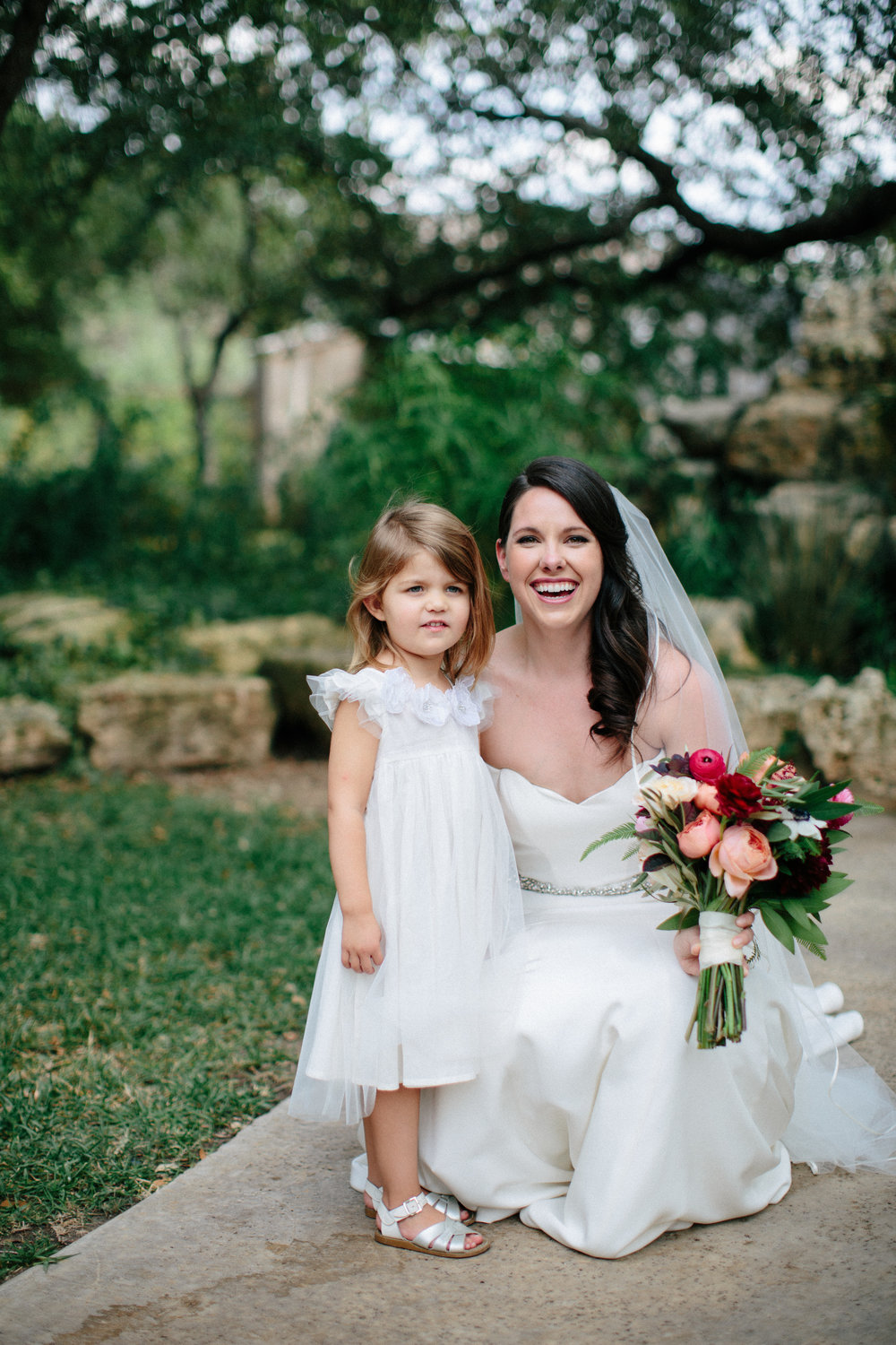 Paige-Newton-Wedding_Photography-Wedding-Party-Flower-Girl.jpg