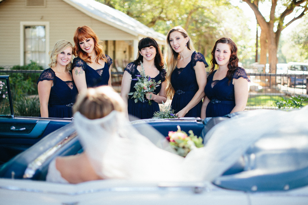 Paige-Newton-Wedding_Photography-Wedding-Party-Navy-Bridesmaid-Dresses.jpg