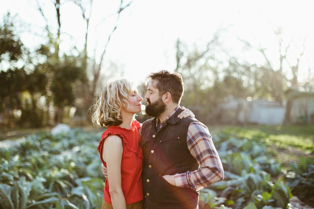 Paige-Newton-Photography-Couple-Portraits-Springdale-Farm-Engagement.jpg