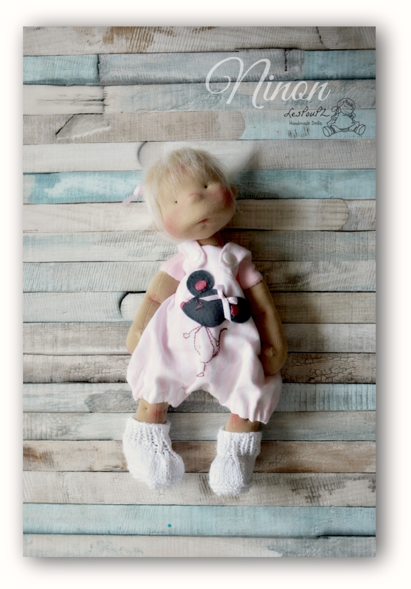 Petit Pois Doll